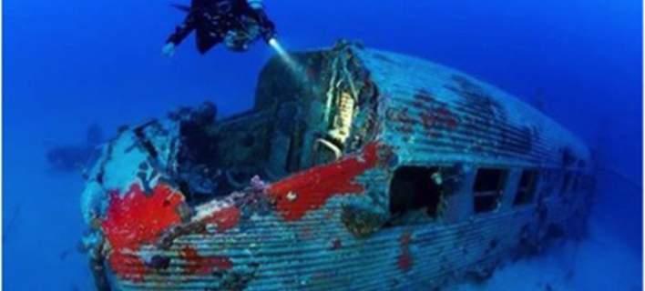 Βρέθηκε σχεδόν άθικτο πολεμικό αεροπλάνο από τον Β΄Παγκόσμιο Πόλεμο ανοιχτά της Ρόδου [εικόνες]