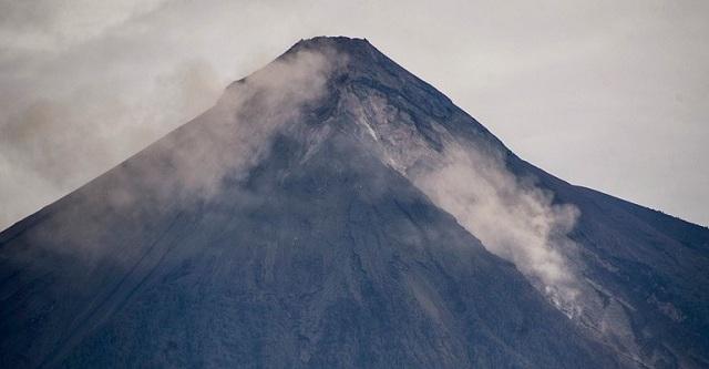 Γουατεμάλα: Σε επιφυλακή οι Aρχές εξαιτίας νέων εκρήξεων στο ηφαίστειο Φουέγο