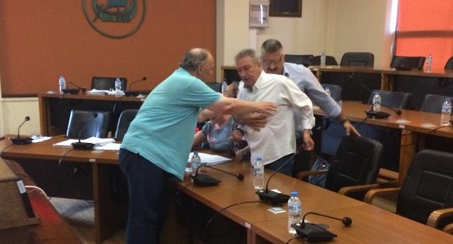 Καταδικάζει το ΚΙΝ.ΑΛ. Μαγνησίας τα χθεσινά επεισόδια στο Δημοτικό Συμβούλιο