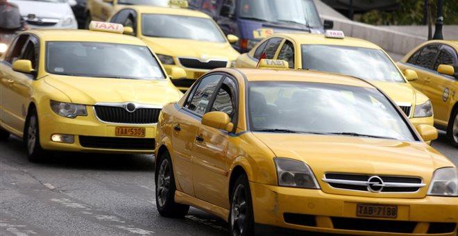 Συνελήφθη οδηγός ταξί με πειραγμένο ταξίμετρο. Δεκάδες παραβάσεις