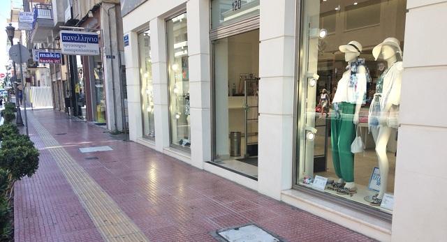 Ανοιχτή αγορά με κλειστά μαγαζιά και χωρίς καταναλωτές στον Βόλο