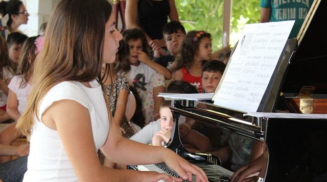 Ενδεκάχρονη μαθήτρια απέσπασε διεθνή διάκριση στο πιάνο