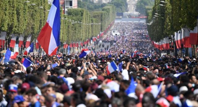 «Καίγεται» το Παρίσι! Μεγάλη φιέστα στη Γαλλία για τους παγκόσμιους πρωταθλητές