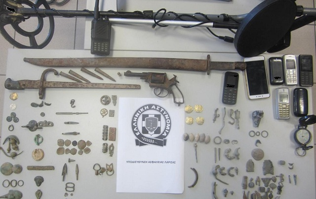 Εξαρθρώθηκε εγκληματική ομάδα με πλούσια δράση σε Λάρισα και Καρδίτσα