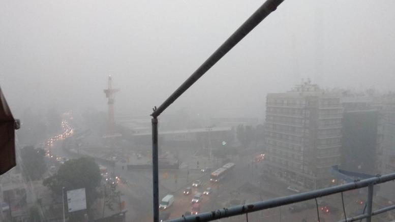 Προβλήματα λόγω καταρρακτώδους βροχής και χαλαζόπτωσης στη Θεσσαλονίκη