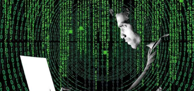 Συναγερμός για τη νέα ηλεκτρονική απάτη Sextortion Scam