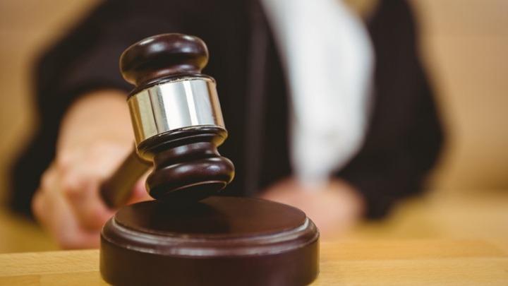 Βρετανία: Απαγγέλθηκαν κατηγορίες σε πέντε άνδρες για την επίθεση με οξύ εναντίον ενός 3χρονου