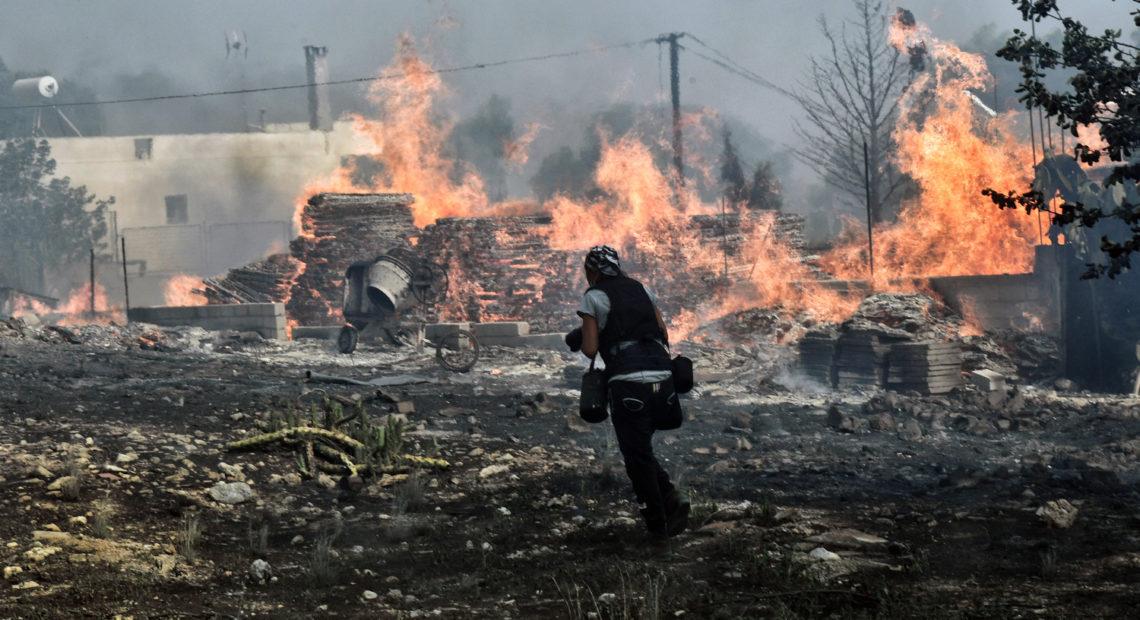 «Βόμβες» Λέκκα για τις φωτιές στην Αττική και τα αίτια της ασύλληπτης τραγωδίας