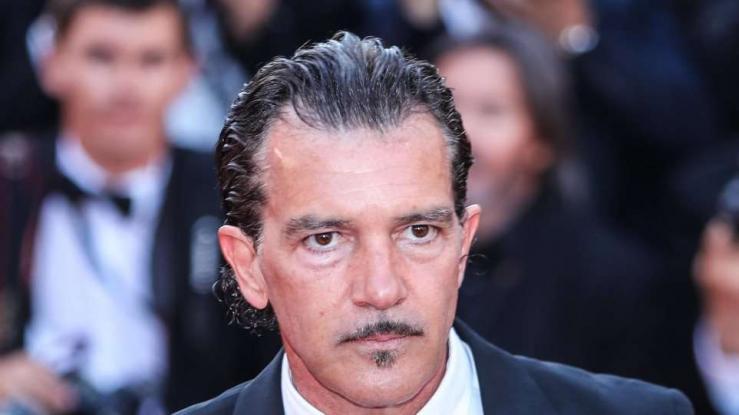Αντόνιο Μπαντέρας: Η καρδιά μου είναι στους Έλληνες που υποφέρουν