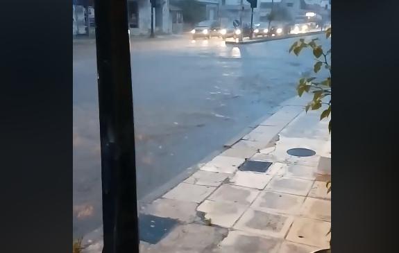 Προβλήματα από την έντονη βροχόπτωση σε Βόλο και Ν. Ιωνία