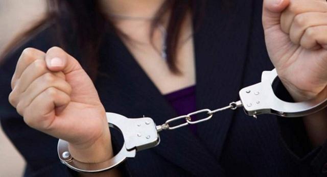 Σύλληψη 43χρονης που πέταξε κουτάβι από τον 7ο όροφο
