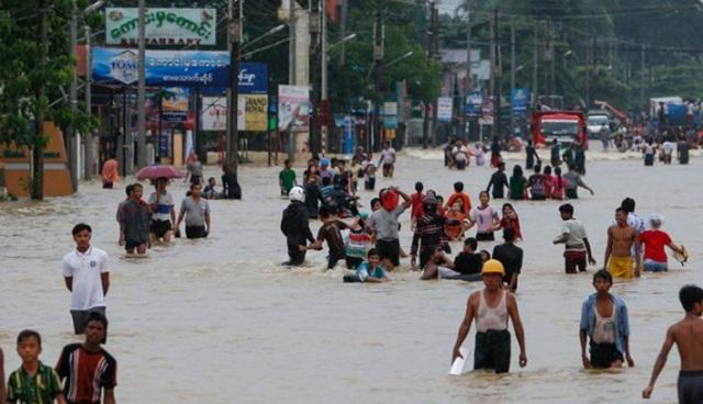 Καταστροφικές πλημμύρες στη Μιανμάρ: Τουλάχιστον δέκα νεκροί, πάνω από 50.000 εκτοπισμένοι