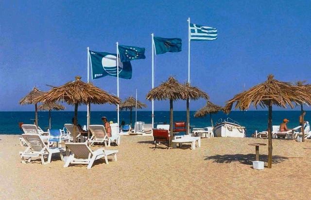 Αφαιρέθηκαν οι Γαλάζιες Σημαίες από 38 ακτές