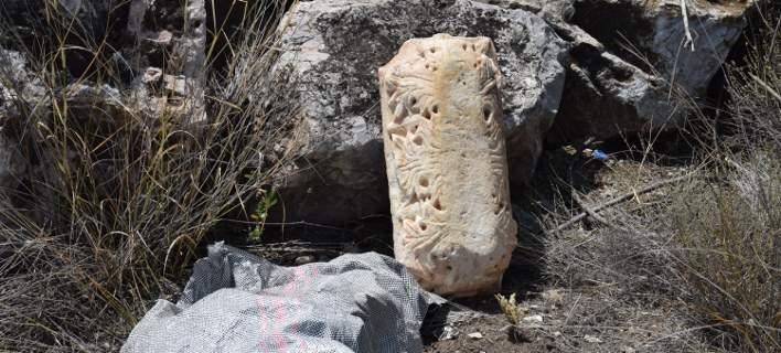 Βρέθηκε αρχαίο αντικείμενο μεγάλης αξίας κρυμμένο σε πέτρες