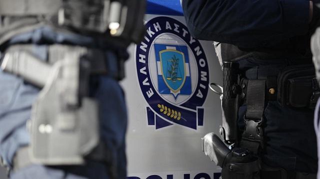 Τρίκαλα: Άγριο επεισόδιο θαμώνα μπαρ με αστυνομικούς χθες τα ξημερώματα
