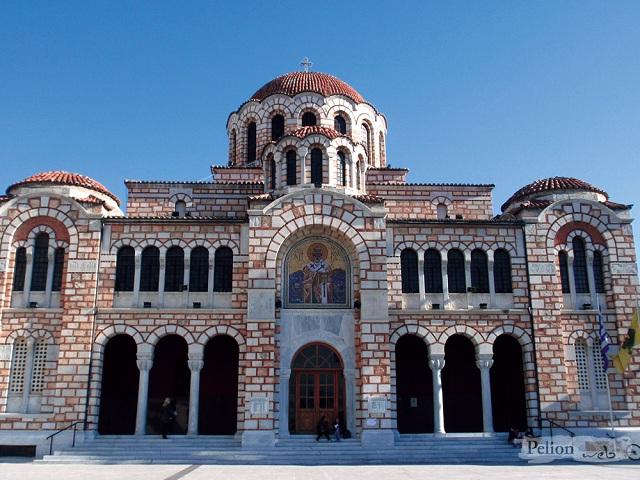 Δισκοφορία για τους πυρόπληκτους στους ναούς της Μητρόπολης Δημητριάδος