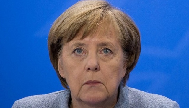 Καταποντίζεται το κόμμα της Μέρκελ, άνοδος -ρεκόρ για τους ακροδεξιούς