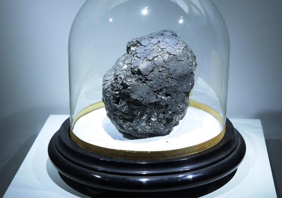 Αρχέγονος μετεωρίτης γράφει το βιβλίο της ζωής σε Γη και σε άλλους πλανήτες