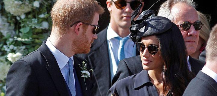 O πρίγκιπας Harry έγινε κουμπάρος φορώντας τρύπια παπούτσια!