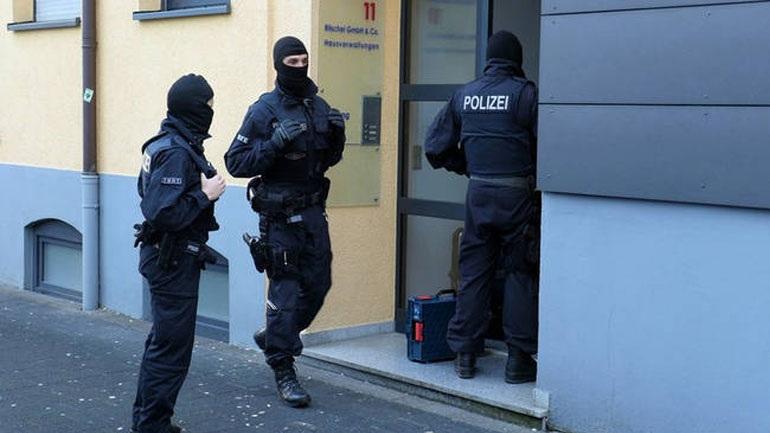 Ζευγάρι Γερμανών καταδικάστηκε επειδή εξέδιδε τον γιο του σε παιδόφιλους