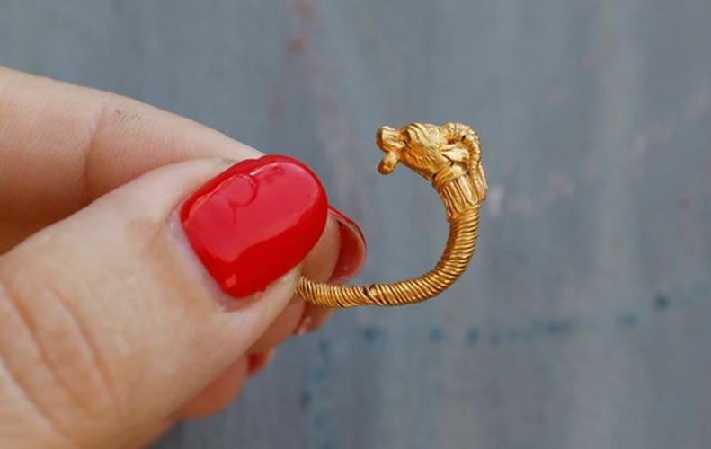 Ιερουσαλήμ: Βρήκαν σκουλαρίκι από την εποχή του Μ. Αλεξάνδρου