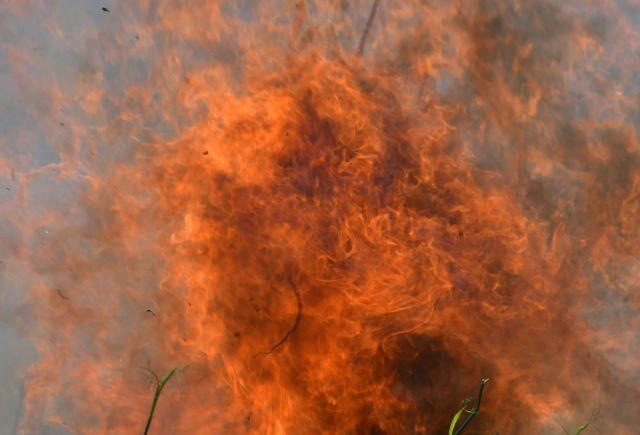 Μαίνονται πυρκαγιές σε Ρέθυμνο και Ηράκλειο