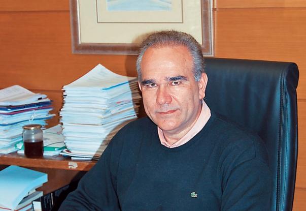 Οργή του δήμαρχου Μαρκόπουλου για ασυνείδητο πολίτη - «Η βλακεία είναι ανίκητη» (Photos, Video)