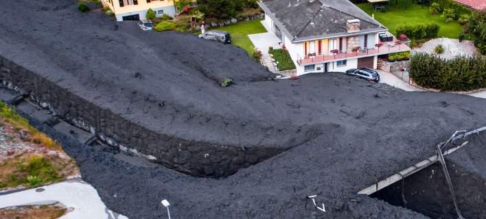 Κατολίσθηση λάσπης σαρώνει χωριό στην Ελβετία (βίντεο)