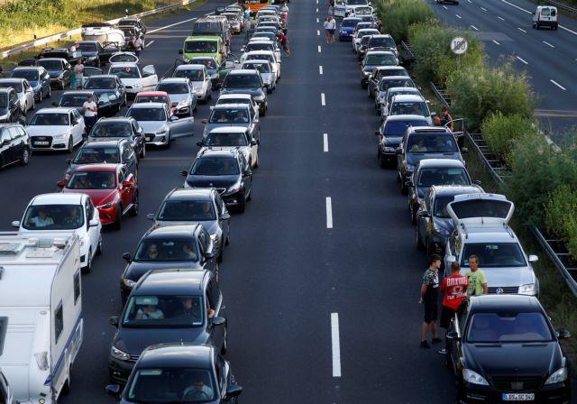 Απολογούνται οι αυτοκινητοβιομηχανίες