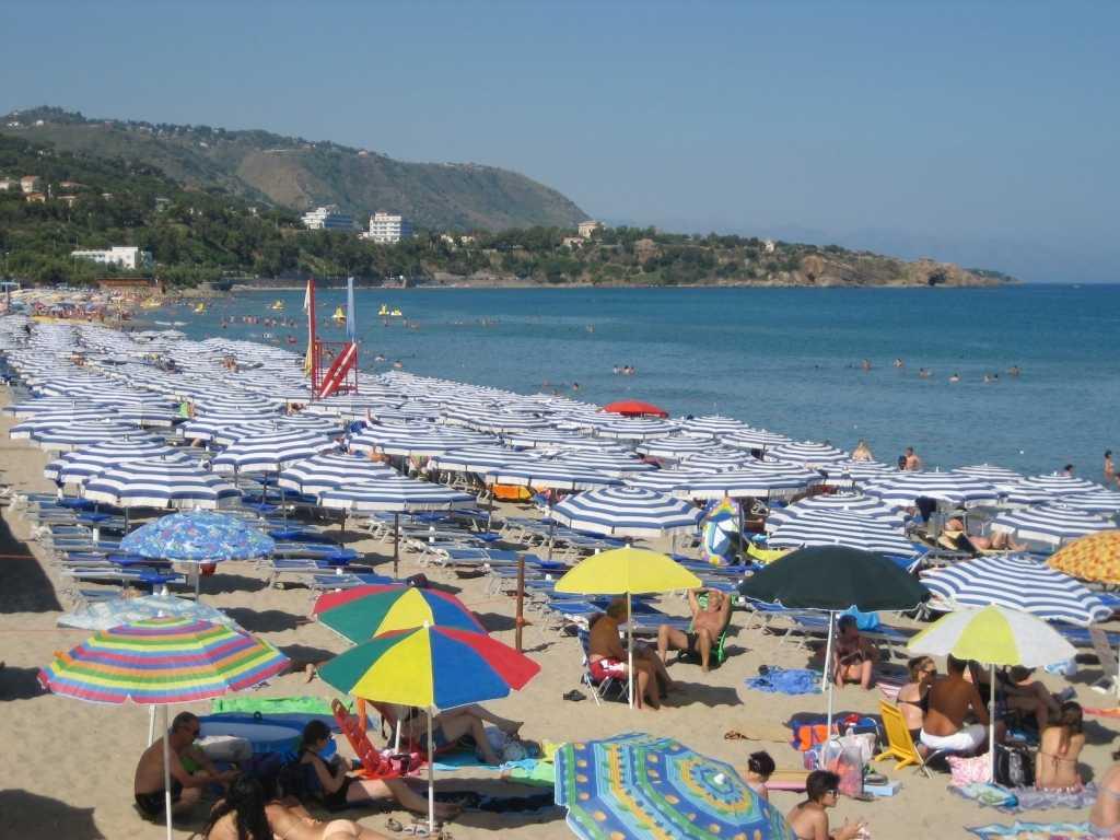 Τι πρέπει να γνωρίζουμε όταν επισκεπτόμαστε παραλίες -Ποια τα δικαιώματά μας