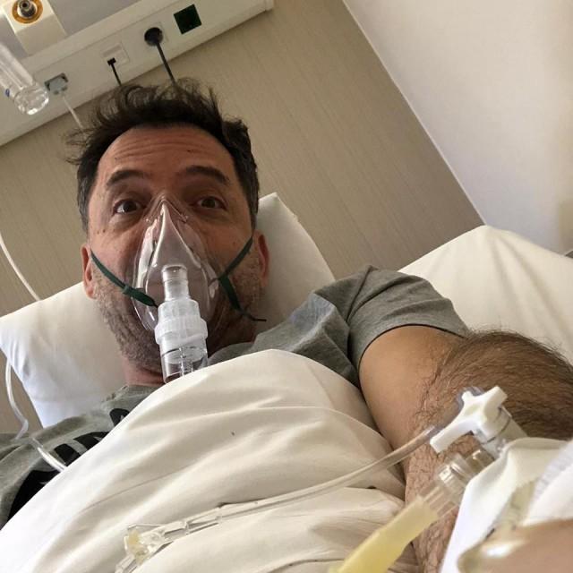 Στο νοσοκομείο με λοίμωξη του αναπνευστικού ο Θάνος Καλλίρης