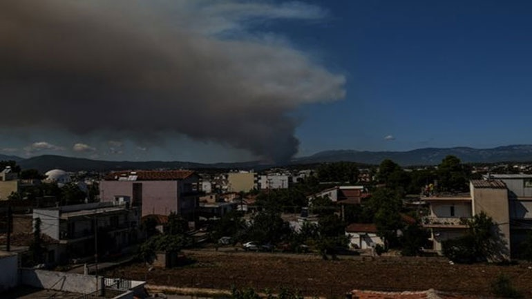 Οι κυκλοφοριακές ρυθμίσεις λόγω της φωτιάς στην Εύβοια