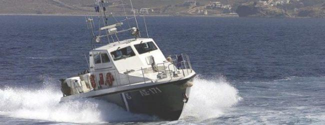 Σκόπελος: Μηχανική βλάβη σε ιστιοφόρο με πέντε επιβαίνοντες