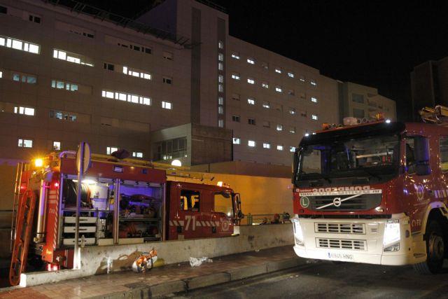 Ισπανία: Συγγενής ασθενούς έβαλε φωτιά σε νοσοκομείο σπέρνοντας τον πανικό