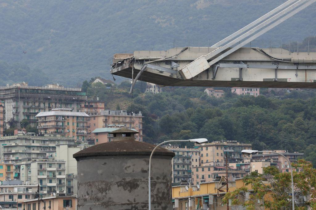 Η μοιραία γέφυρα χτίστηκε το 1967 και βρισκόταν υπό συντήρηση