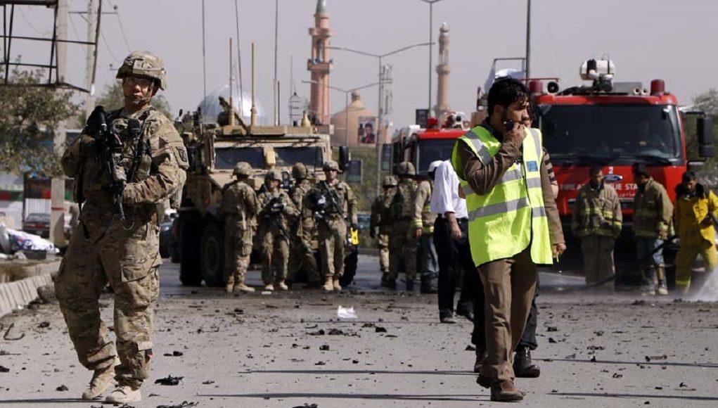 Φονική επίθεση βομβιστή καμικάζι στην Καμπούλ