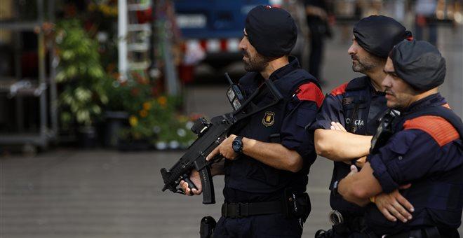 Ισπανία: Ένοπλος προσπάθησε να επιτεθεί σε αστυνομικό τμήμα και δέχθηκε πυρά