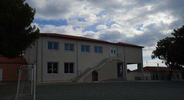 Ρημάζει... ολοκαίνουριο σχολικό κτίριο στο Πατητήρι Αλοννήσου
