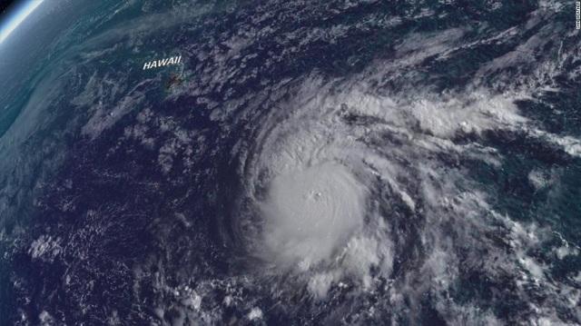 Συναγερμός στη Χαβάη για την επέλαση του ισχυρού τυφώνα Lane
