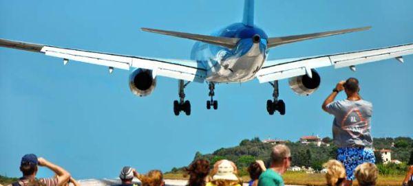 Σκιάθος: 12χρονος τραυματίστηκε από αέρια αεροπλάνου