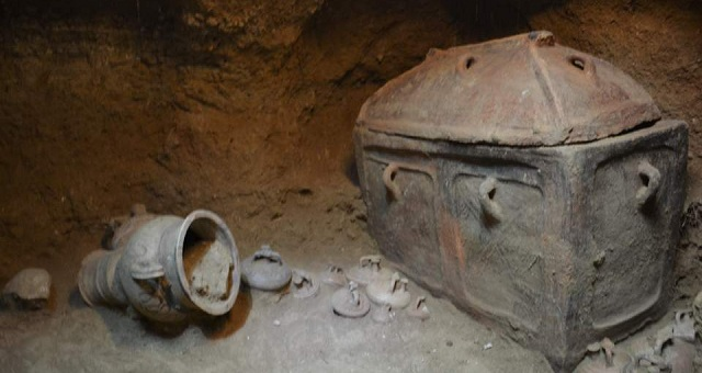 Ανακαλύφθηκε ασύλητος θαλαμοειδής τάφος στην Ιεράπετρα [εικόνα]
