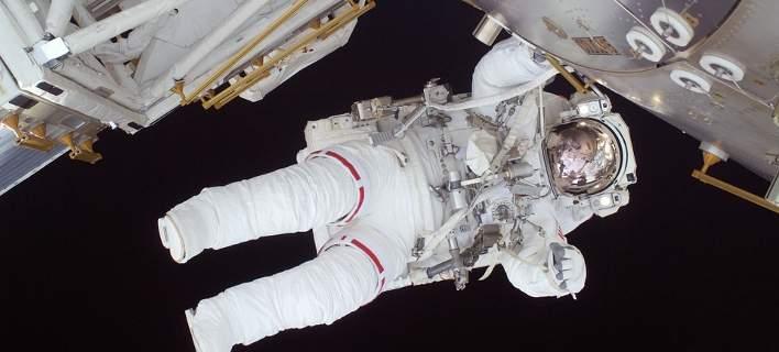 Ο Ελληνικός Διαστημικός Οργανισμός ζητά δικηγόρο... αστροναύτη!