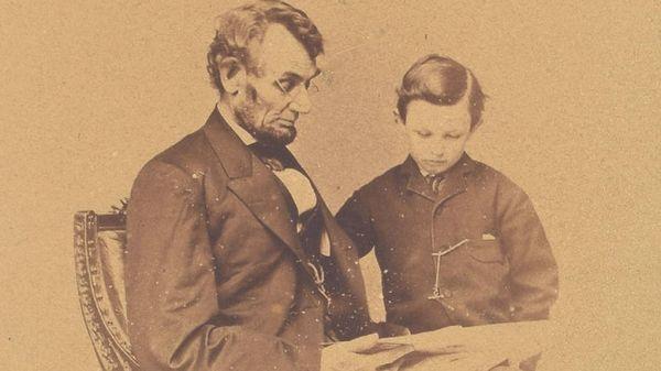 Μια σπάνια φωτογραφία του Προέδρου Λίνκολν βγαίνει σε δημοπρασία