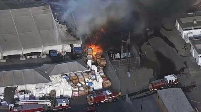 Μεγάλη φωτιά στην Tesla στην Καλιφόρνια