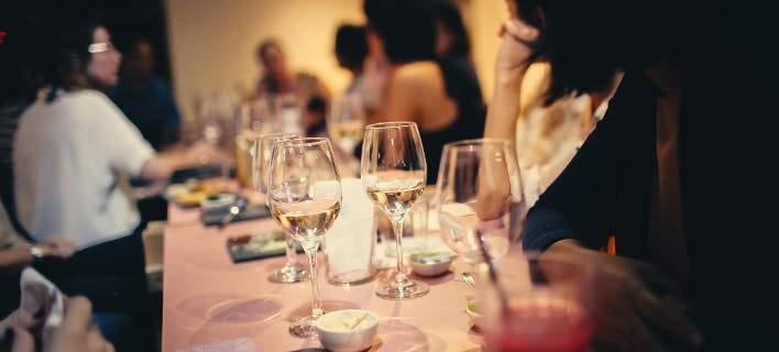 Αλκοόλ: Ακόμη κι ένα ποτήρι την ημέρα αποτελεί κίνδυνο για την υγεία