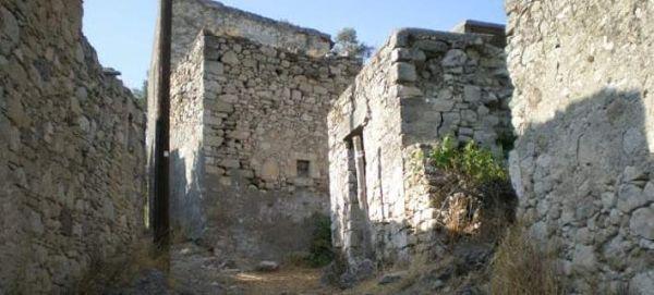 Πωλείται ένα ολόκληρο χωριό στην Κρήτη!