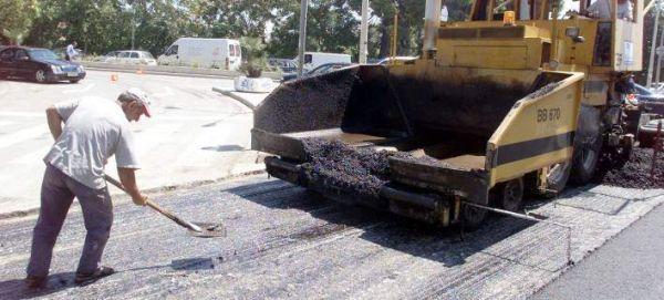 Πιερία: 60χρονος εργάτης παρασύρθηκε από φορτηγό κατά τη διάρκεια ασφαλτόστρωσης