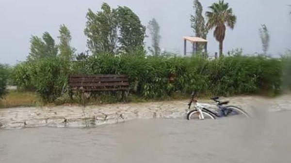 Κέρκυρα: Πλημμύρισαν δρόμοι σε Σιδάρι και Σπηλιά από τη βροχή