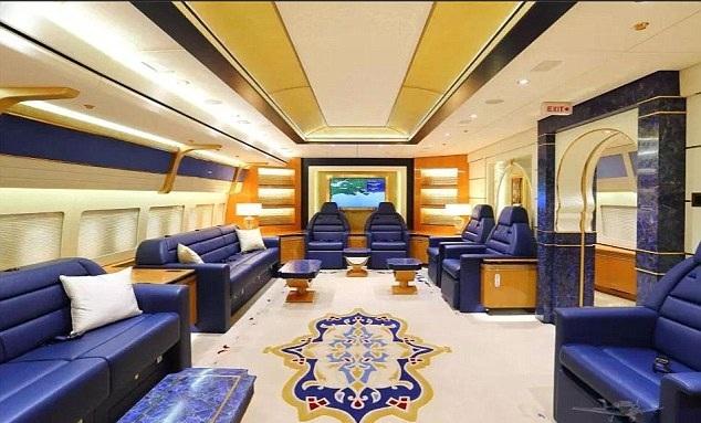 Πωλείται το ιπτάμενο παλάτι της βασιλικής οικογένειας του Κατάρ [εικόνες]