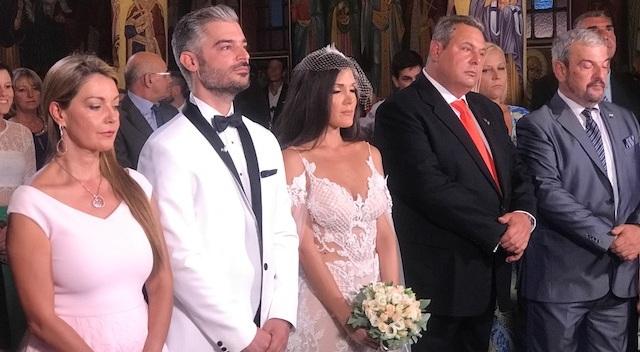 Γάμος στον Βόλο με κουμπάρο τον Πάνο Καμμένο